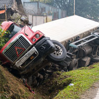 Wilmington truck accident lawyers caution that truck accidents increase during the holidays.
